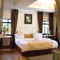 เย็นจิต รีสอร์ท (Yenjit Resort)
