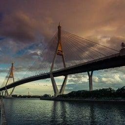 สวนสาธารณะ เฉลิมพระเกียรติ 6 รอบ พระชนมพรรษา (สะพานพระราม 9)