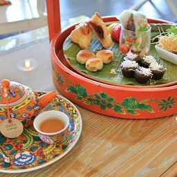 Penarakan Afternoon Tea Set