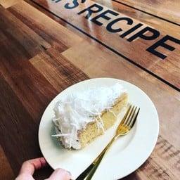 Mom's Recipe Cafe Bakery