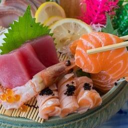 เซกิ ซูชิบาร์ (Seiki Sushi Bar) บ้านฉาง