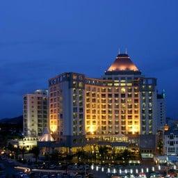 โรงแรมเคปราชาแอนด์เซอร์วิสอพาร์ทเมนท์
