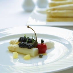 Steamed White Asparagus served with Oscietra Caviar