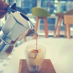 RJ8 Factory Coffee