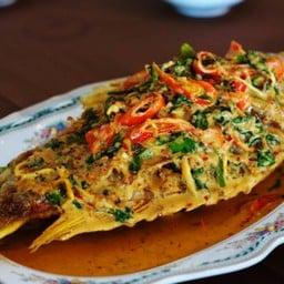 อาหารชมสะพาน ไทรโยค กาญจนบุรี