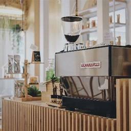 MaLet's Cafe (เมล็ด)