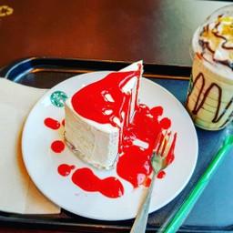 Starbucks Coffee เซ็นจูรี่ สุขุมวิท (บีทีเอส อ่อนนุช)