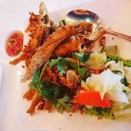 อร่อย กรอบ หอมขมิ้น ขนาดพริกน้ำปลายังอร่อย
