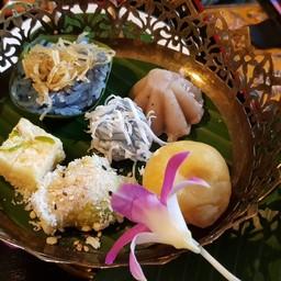 ขนมไทยใน set น้ำชา