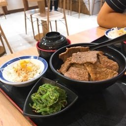 ข้าวหน้าเนื้อย่าง Size Large (Roasted Gyu Don Large)