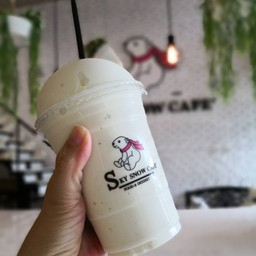 Sky Snow Cafe
