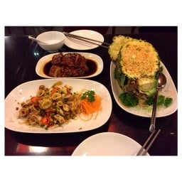 Four Seasons Chinese Restaurant เมกา บางนา