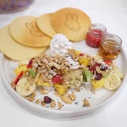 Miffy Fruity Pancake