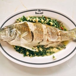 ปลากะพงนึ่งมะนาวเล็ก