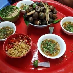 Oc Nong Ha Trang ( Old Quater Hanoi)