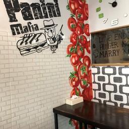 บรรยากาศ Panini MAFIA  ทองหล่อ 13