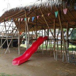 บรรยากาศ Nics Restaurant & Playground