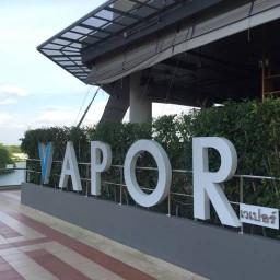 Vapor Restaurant & Bar