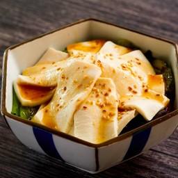 สลัดเต้าหู้ (Tofu Salad)