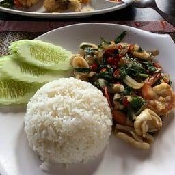 Sawasdee Restaurant and Bar