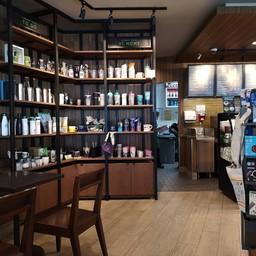 บรรยากาศ Starbucks ลา วิลล่า พหลโยธิน