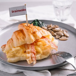 Croissant Scrambled Bacon