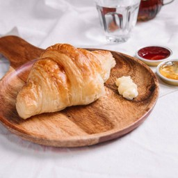 Croissant Butter & Jam