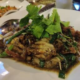ปูนิ่มผัดพริกไทยดำ