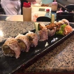 Tsunami Sushi Bar
