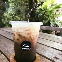 Yim : Cafe & Dessert Bar