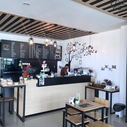 บรรยากาศ Binmarn Sweet Box Cafe
