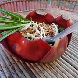 ผัดไทยฮักน้อง  ตลาดกาดวิถีชุมชนคูบัว