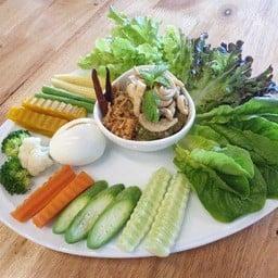 Salada Organic Kitchen ลาซาล อเวนิว