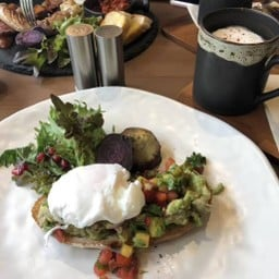 Ember Coffee and Eatery