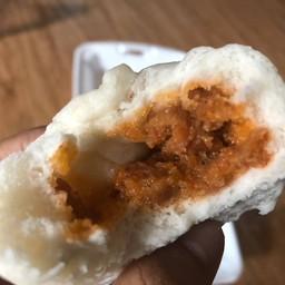 ซาลาเปาไส้หมูแดง