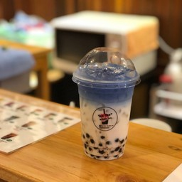 Tee Tee+ Bubble Tea สาขาแรก