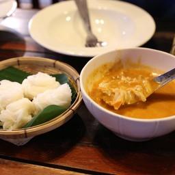 ขนมจีนต้นก้ามปู