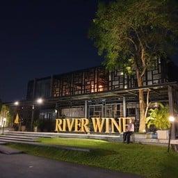 หน้าร้าน RIVER WINE Restaurant and wine bar สาขาปากเกร็ด