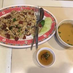 ข้าวผัดฮ่องกง