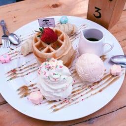 กาแฟไม้ป่าเดียวกัน ดื่ม&แดก Cafe'