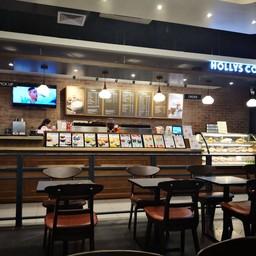 บรรยากาศ Hollys Coffee อาคารสยามกิตติ์