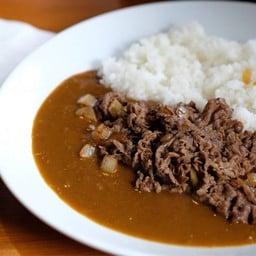 ข้าวหน้าแกงกระหรี่หน้าเนื้อผัดซอสญี่ปุ่น