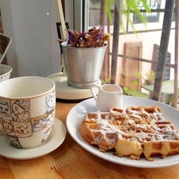 The Butter Up French Toast Waffle##1