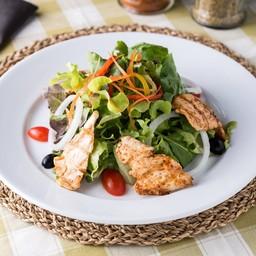 สลัดไก่ / Grilled chicken salad