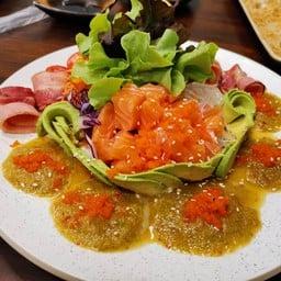 Rashobu Teppanyaki & Sushi Cafe