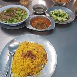 เมนูของร้าน ร้านอาหารมุสลิม แยกไฟแดงบางรักสีลม