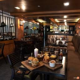 บรรยากาศ Firehouse Pub And Restaurant