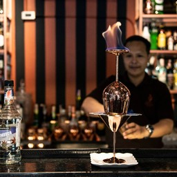 เมนูของร้าน Ther Dining & Bar