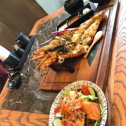 Ryoshi Sushi Bar Gateway Bangsue