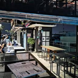 บรรยากาศ Swing Bar by ChingCha